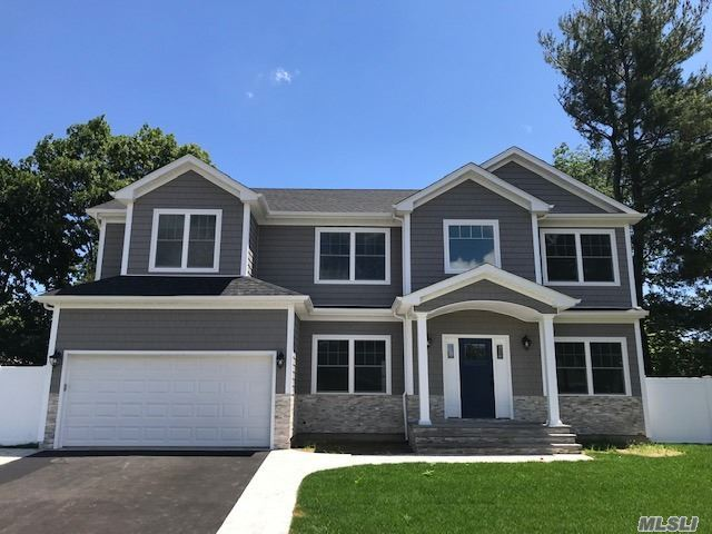 70 Wyoming Ct - Syosset, New York