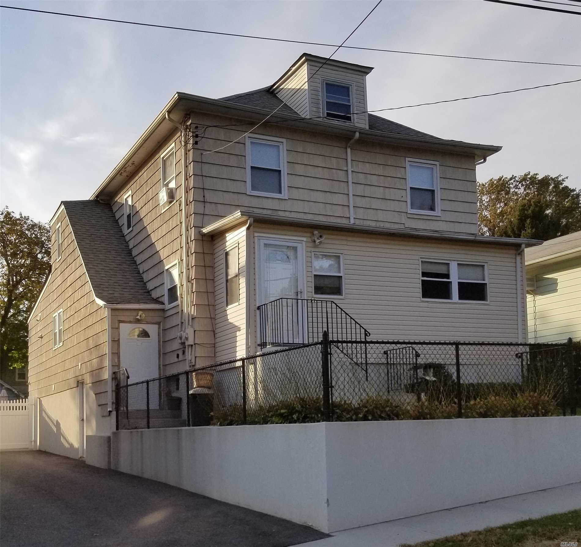 22 Rose Ave - Glen Cove, New York