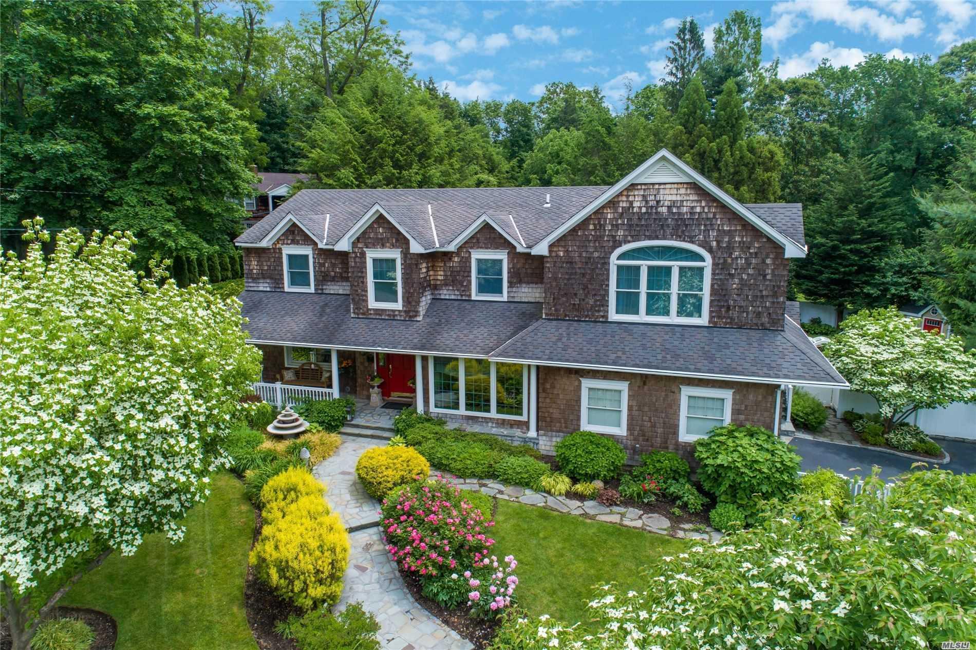 Huntington Real Estate | Douglas Elliman