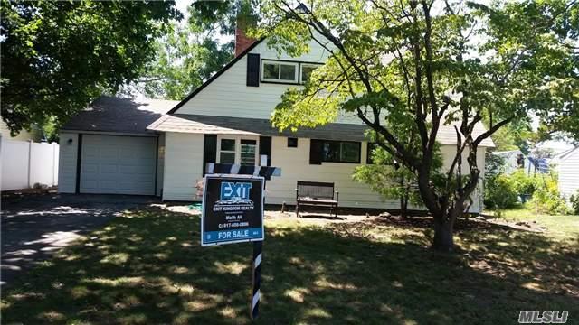 154 Blueberry Lane: Handsome Hicksville Home