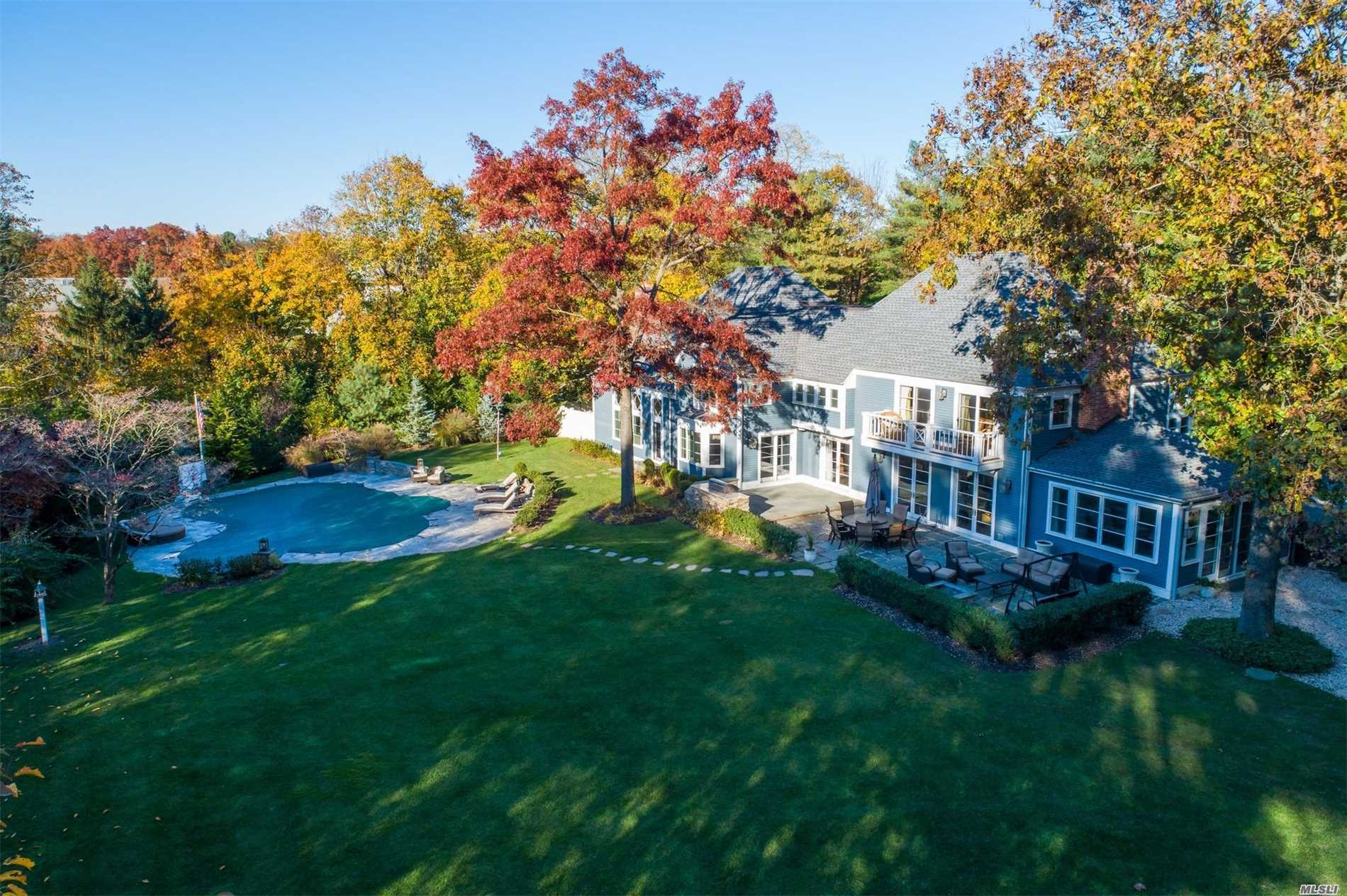 12 Cherrywood Rd - Locust Valley, New York