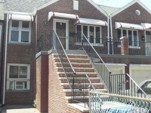 Roomy Townhouse in Sunnyside