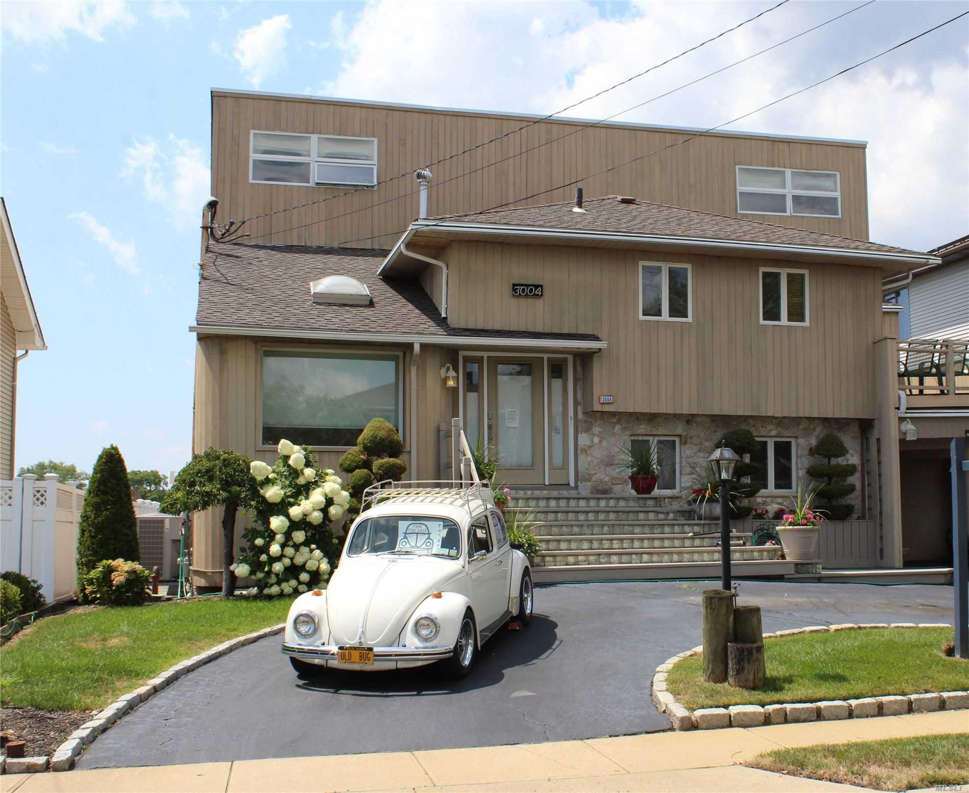 3004 Shore Rd - Bellmore, New York