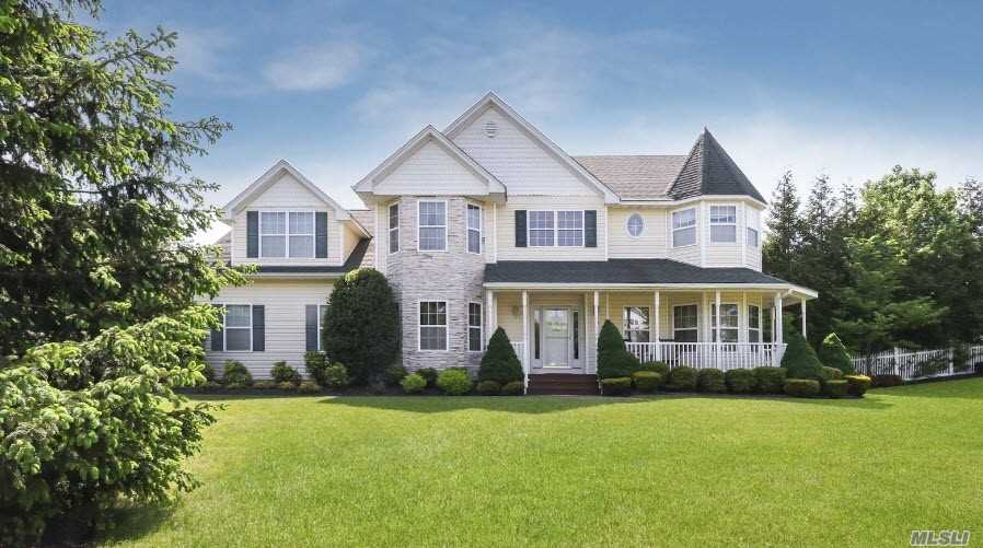 12 Cypress Ct - Miller Place, New York