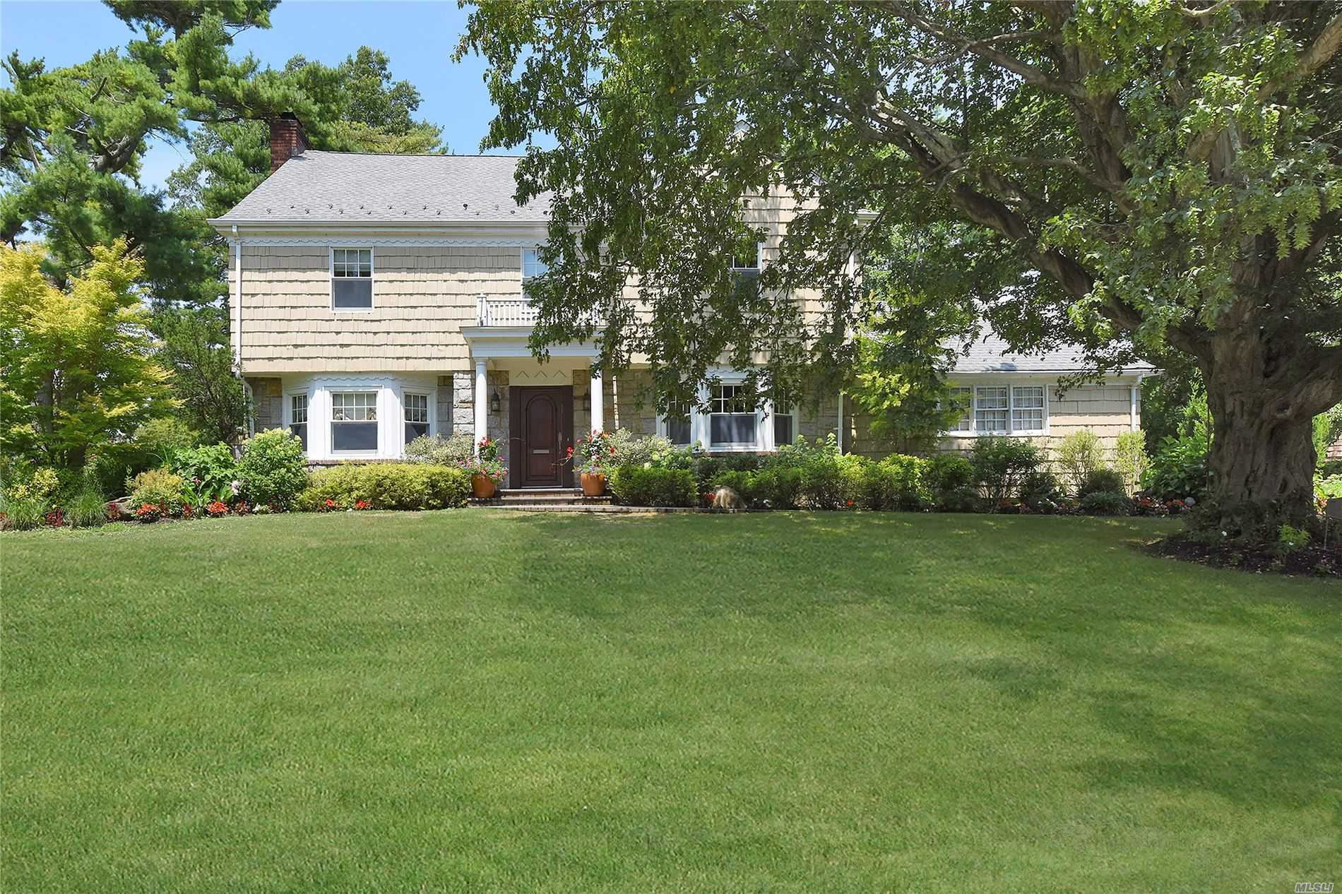 878 Ivy Hill Rd - Woodsburgh, New York