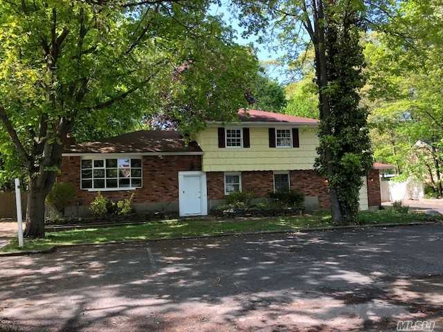 109 Echo Ave - Miller Place, New York