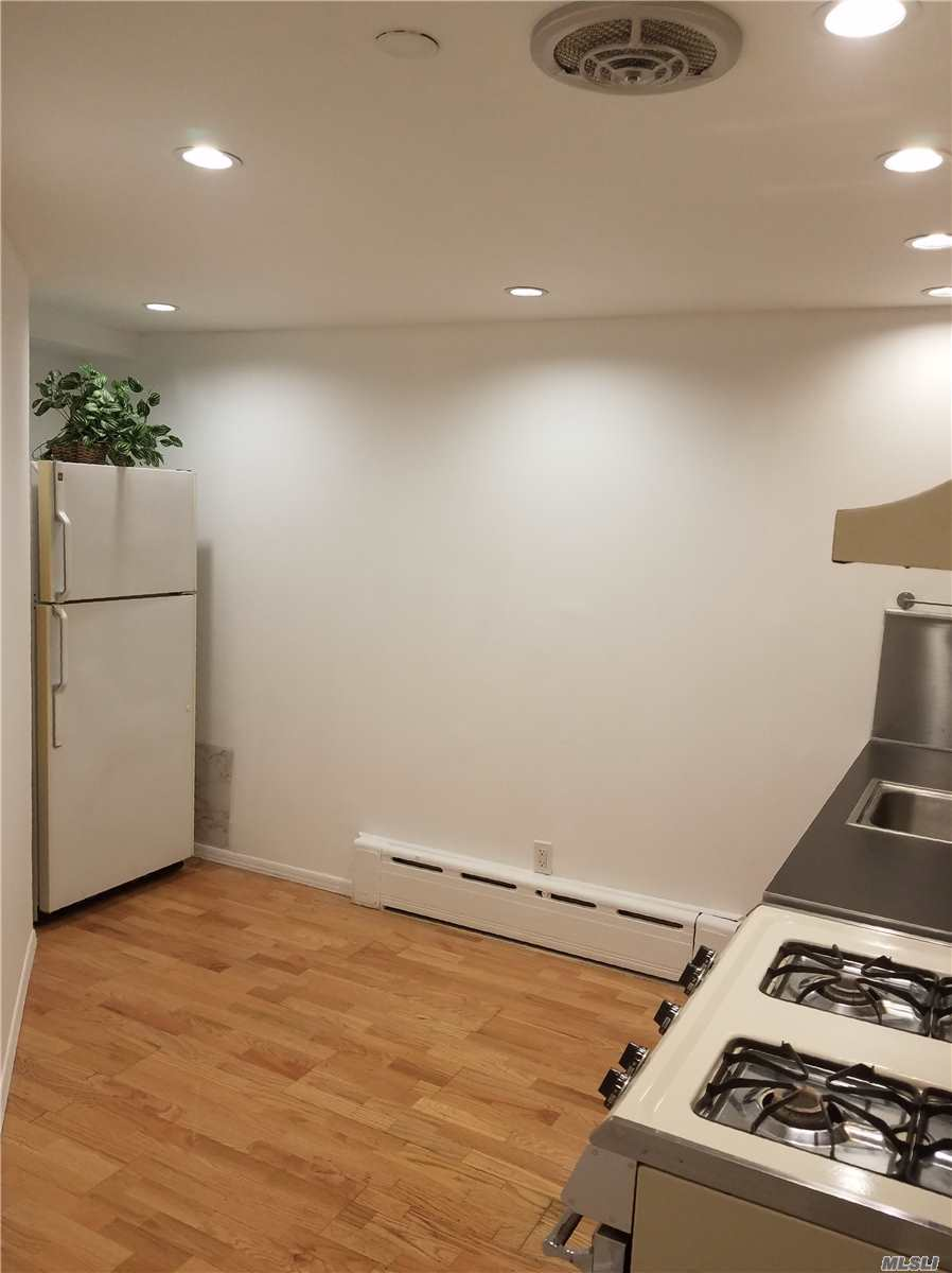 101-20 67th Dr, Studio - Forest Hills, New York