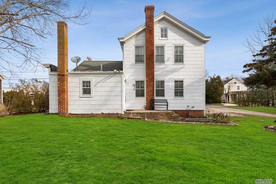 220 Cottage Pl - Southold, New York