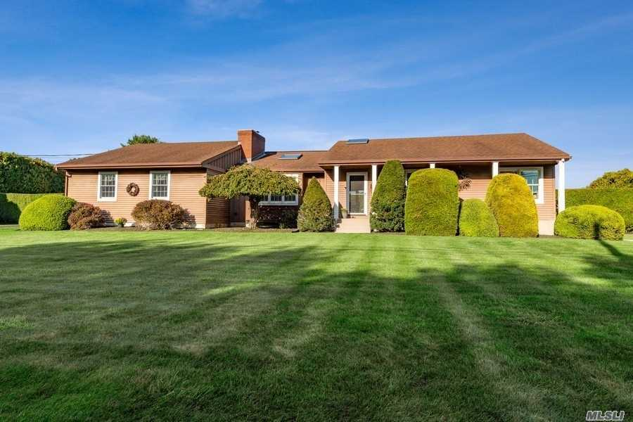 1480 Elijahs Ln - Mattituck, New York
