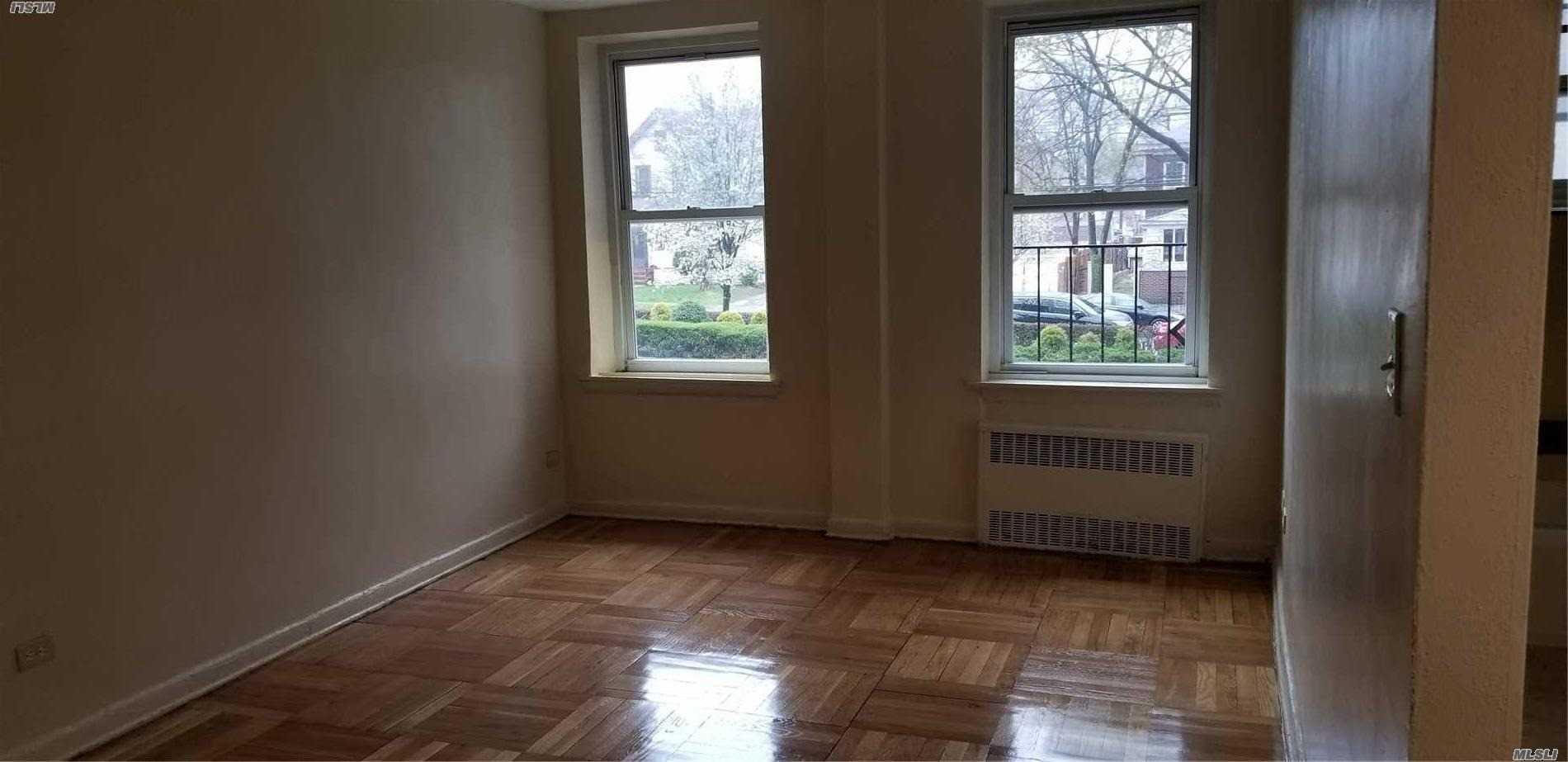 84-50 169th St, 119 - Jamaica Estates, New York