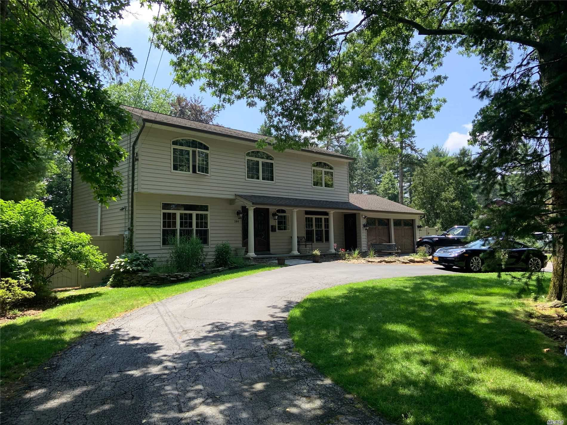 184 COLD SPRING ROAD Rd - Syosset, New York