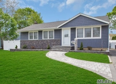3594 Northview Ave - Wantagh, New York