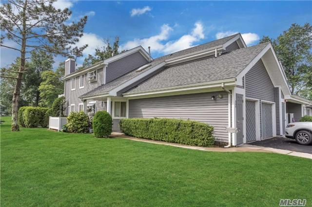 367 Seabreeze Ct - Moriches, New York