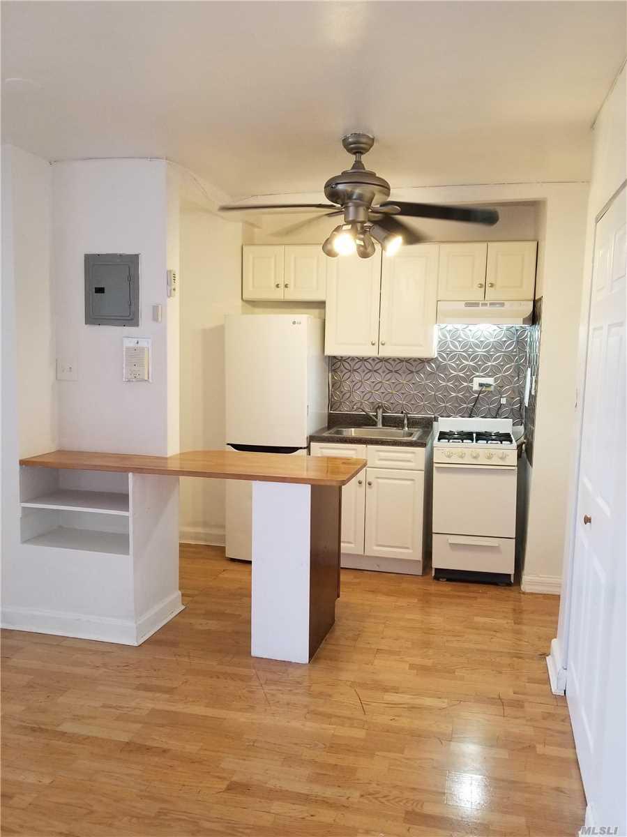 84-50 169th St, 619 - Jamaica Estates, New York
