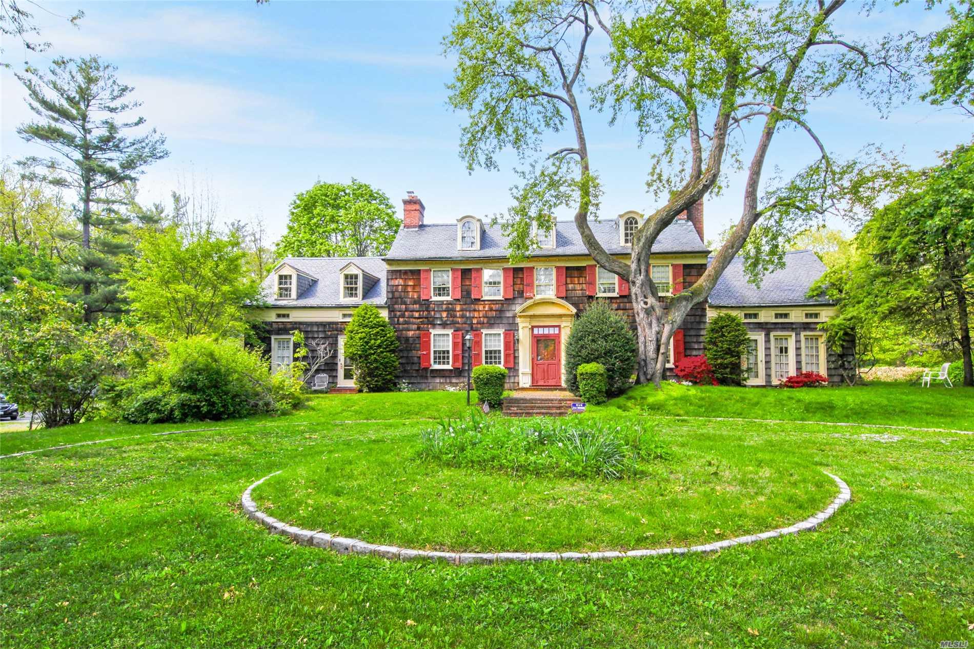 1257 Cedar Swamp Rd - Old Brookville, New York