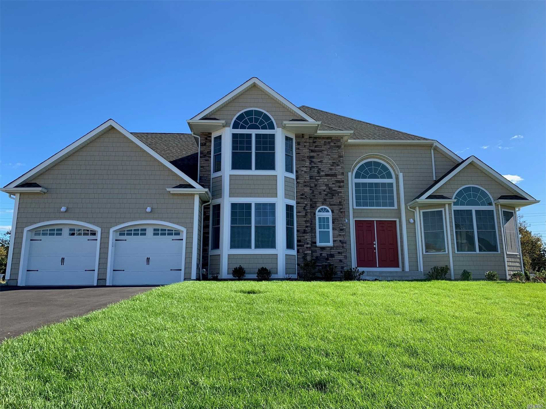 21 Country View Ln - Greenlawn, New York