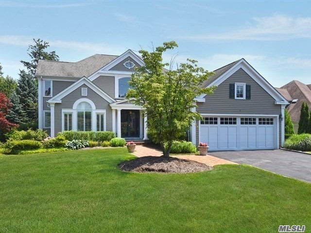 15 Gracewood Dr - Manhasset, New York