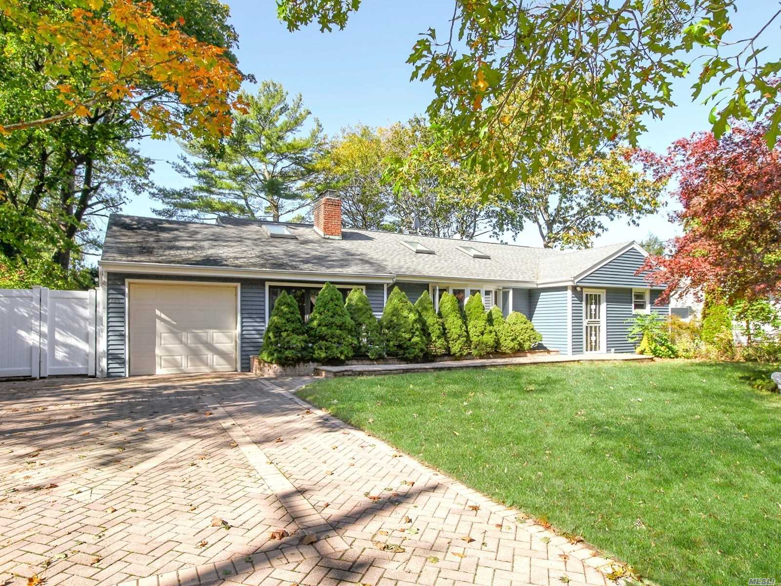 145 Cold Spring Rd - Syosset, New York