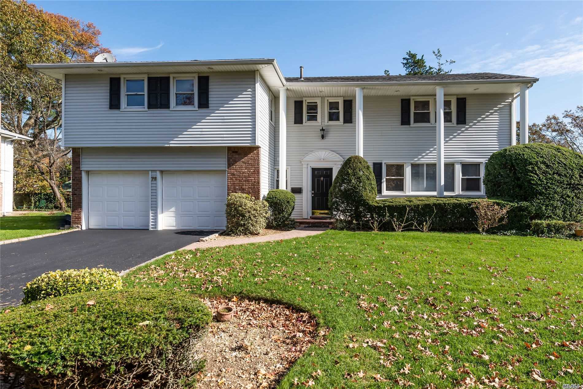 76 Birch Hl - Searingtown, New York