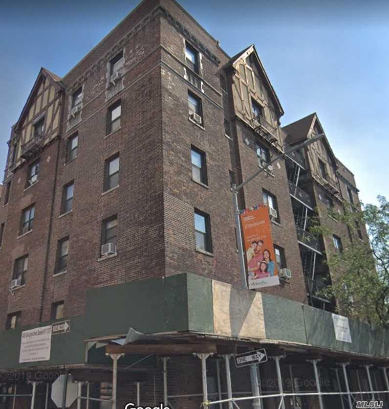 42-04 Layton St, 415 - Elmhurst, New York
