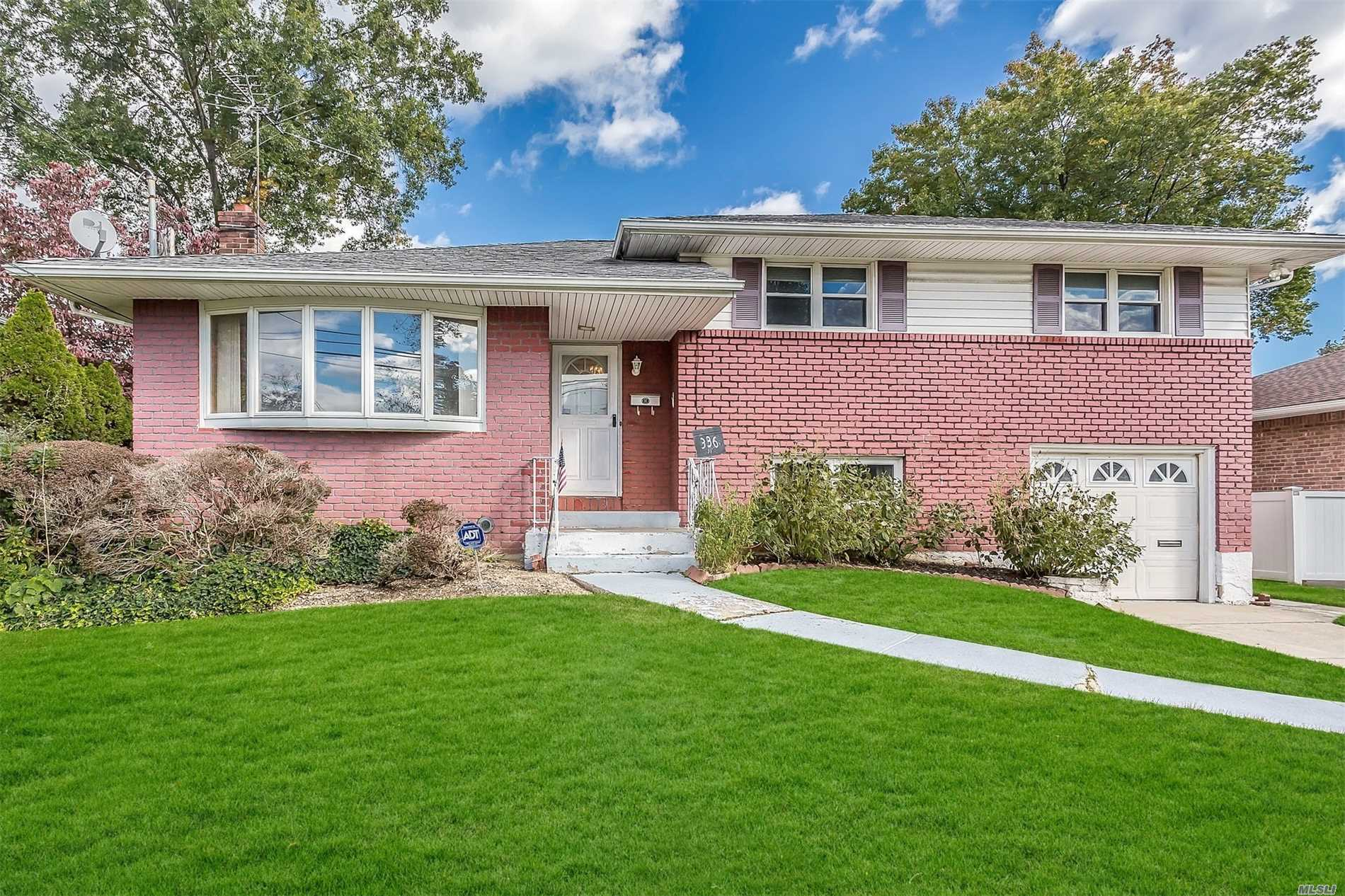 336 Brompton Rd - Garden City S., New York