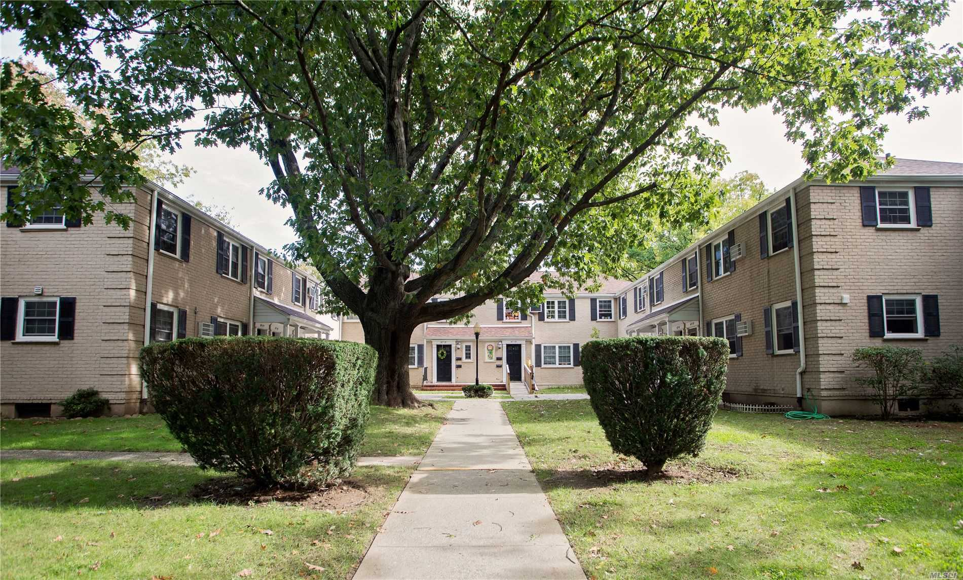 67-23 Springfield Blvd, A - Oakland Gardens, New York