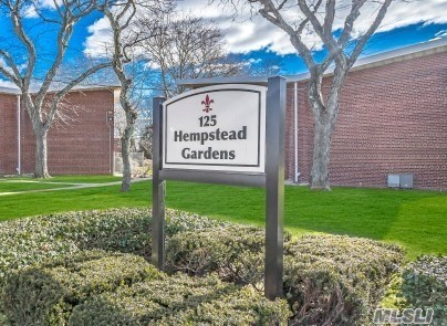 125 Hempstead Garden Dr, F2B - W. Hempstead, New York