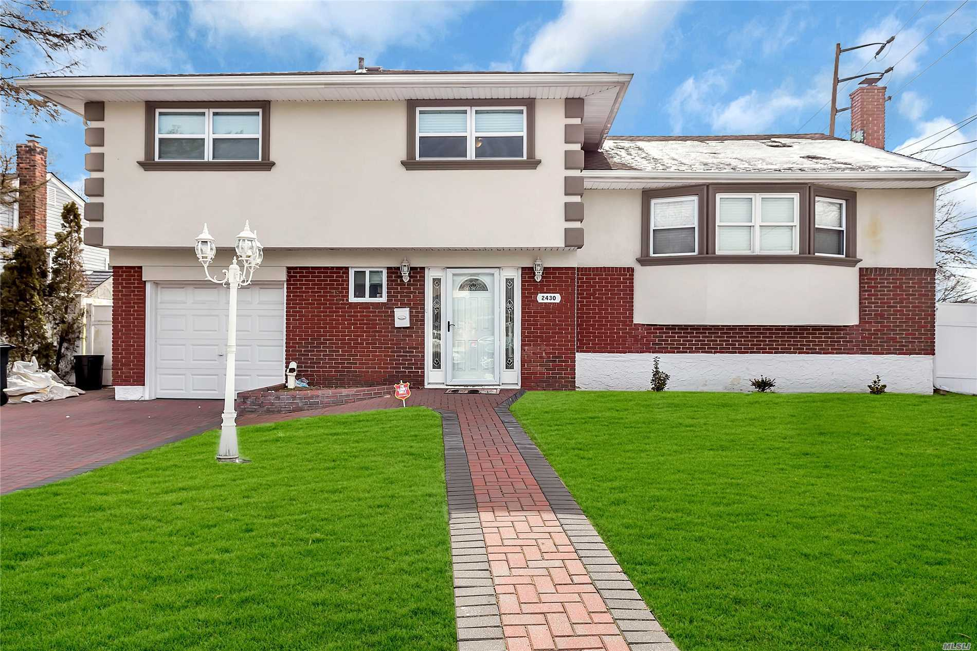 2430 Cliff Ln - N. Bellmore, New York
