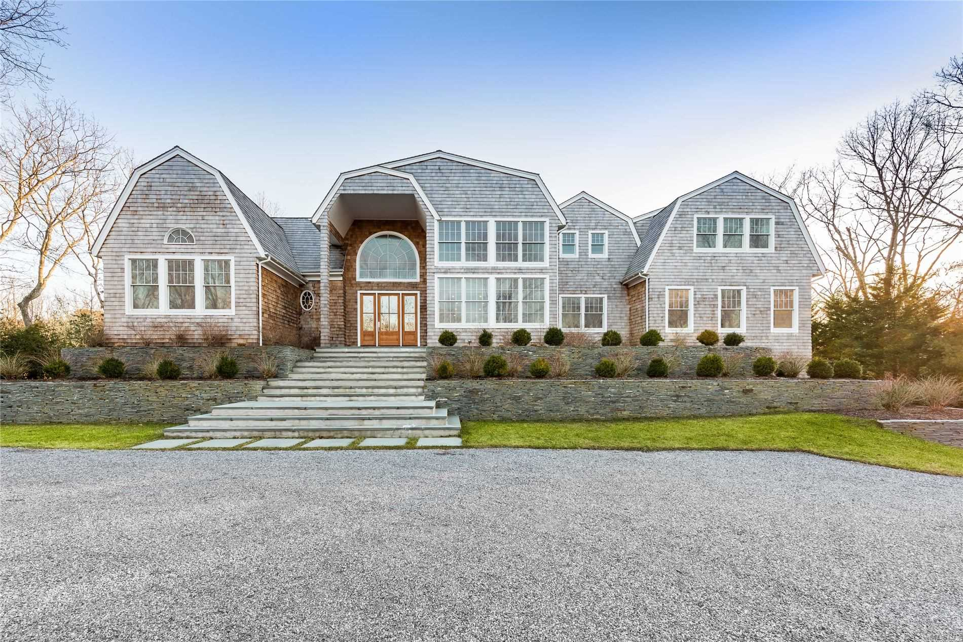 204 Roses Grove Rd - Water Mill, New York