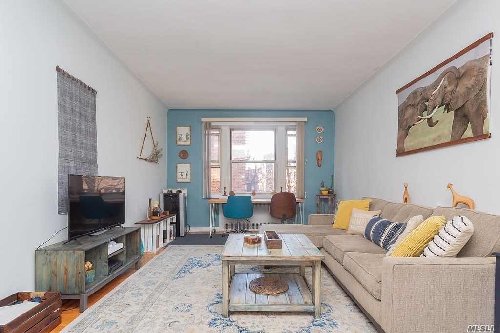 110-31 73rd Rd, 4P - Forest Hills, New York