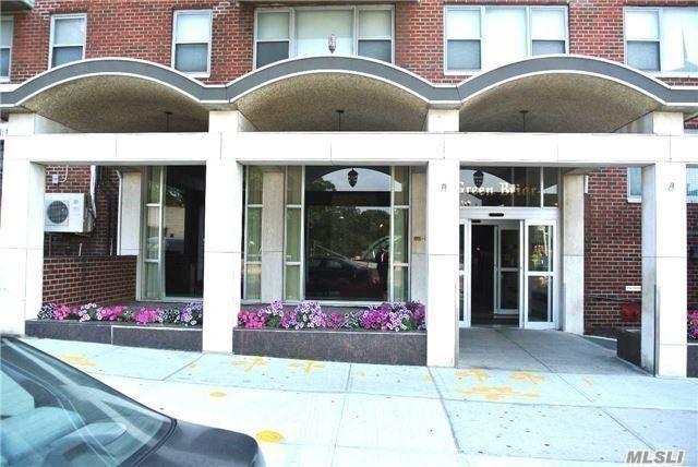 Rented: 85-15 Main Street 8C, Briarwood