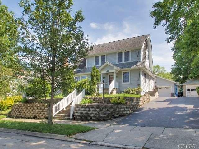 34 Davis Rd - Port Washington, New York