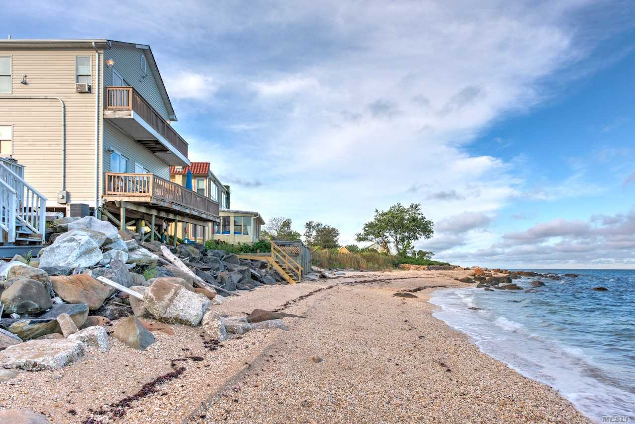 58235 North Rd - Southold, New York