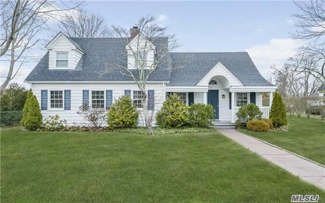 587 Montauk Hwy - East Moriches, New York