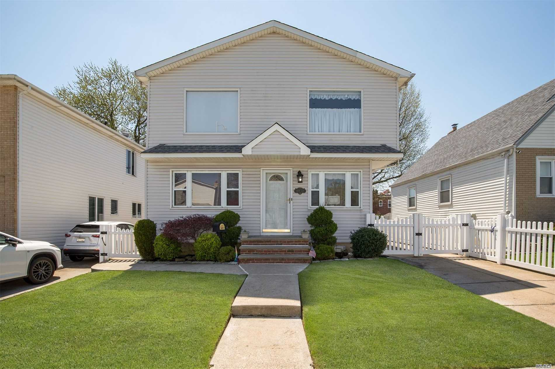 169-12 21 Rd - Whitestone, New York
