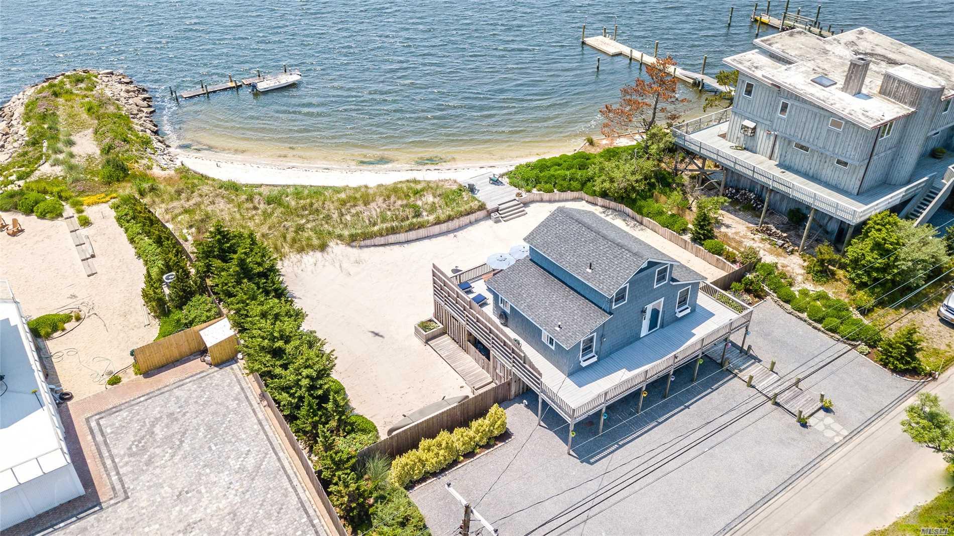21 The Fairway - Oak Beach, New York