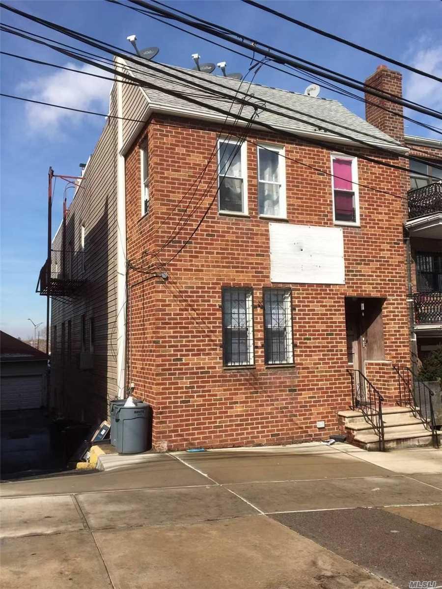 86-21 60th Rd - Elmhurst, New York