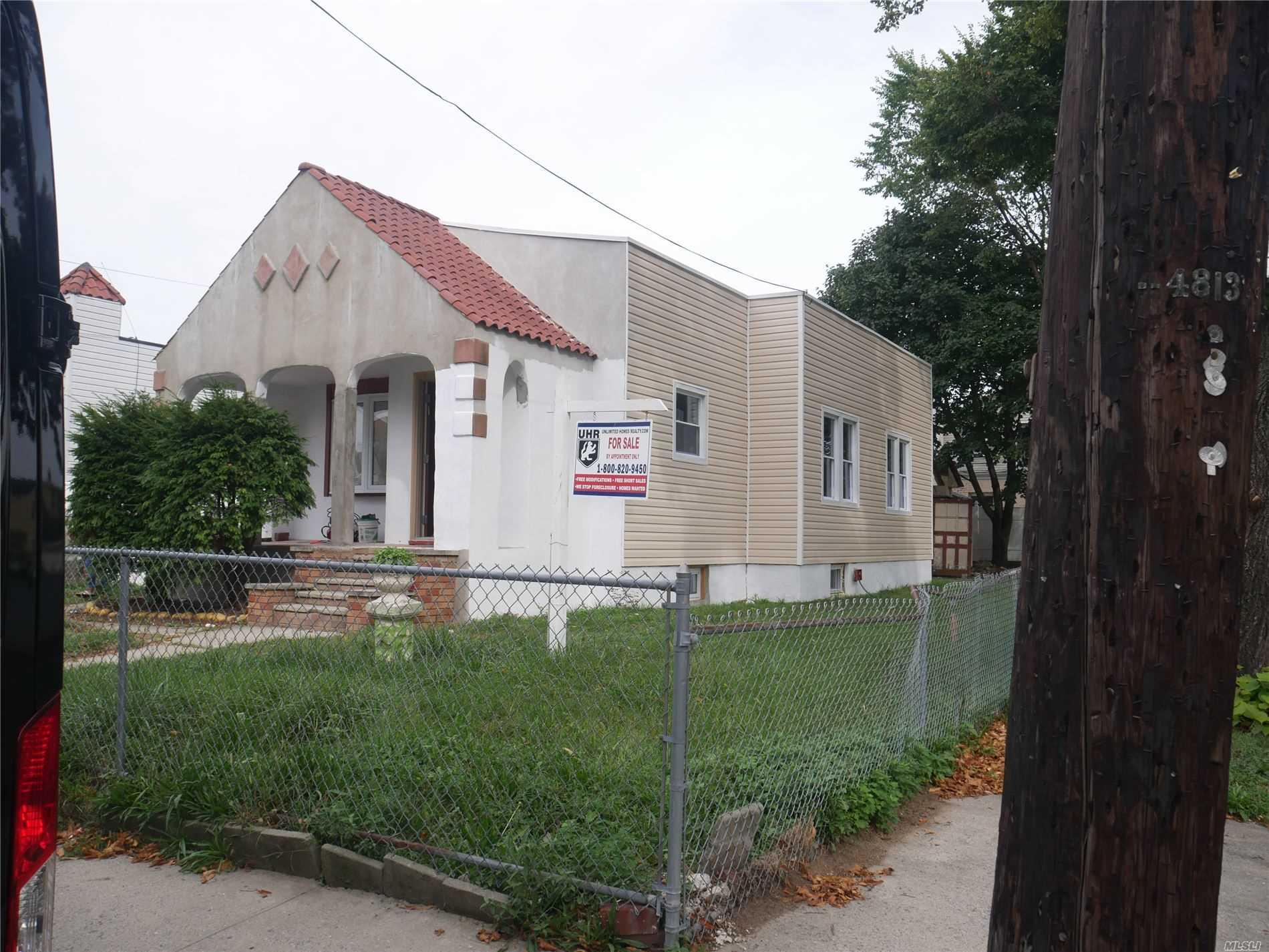 131-79 231st St - Laurelton, New York