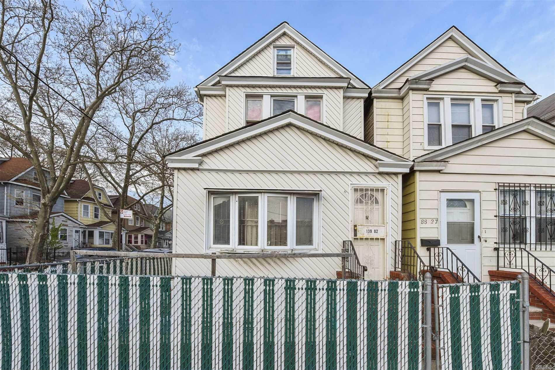 139-02 88th Rd - Briarwood, New York