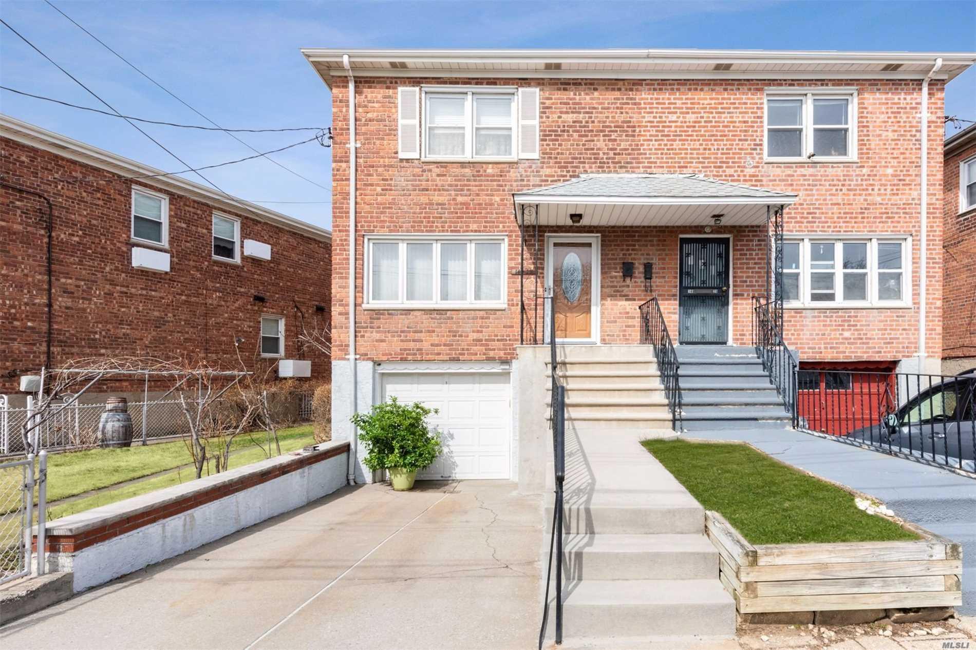 149-23 Willets Point Blvd - Whitestone, New York