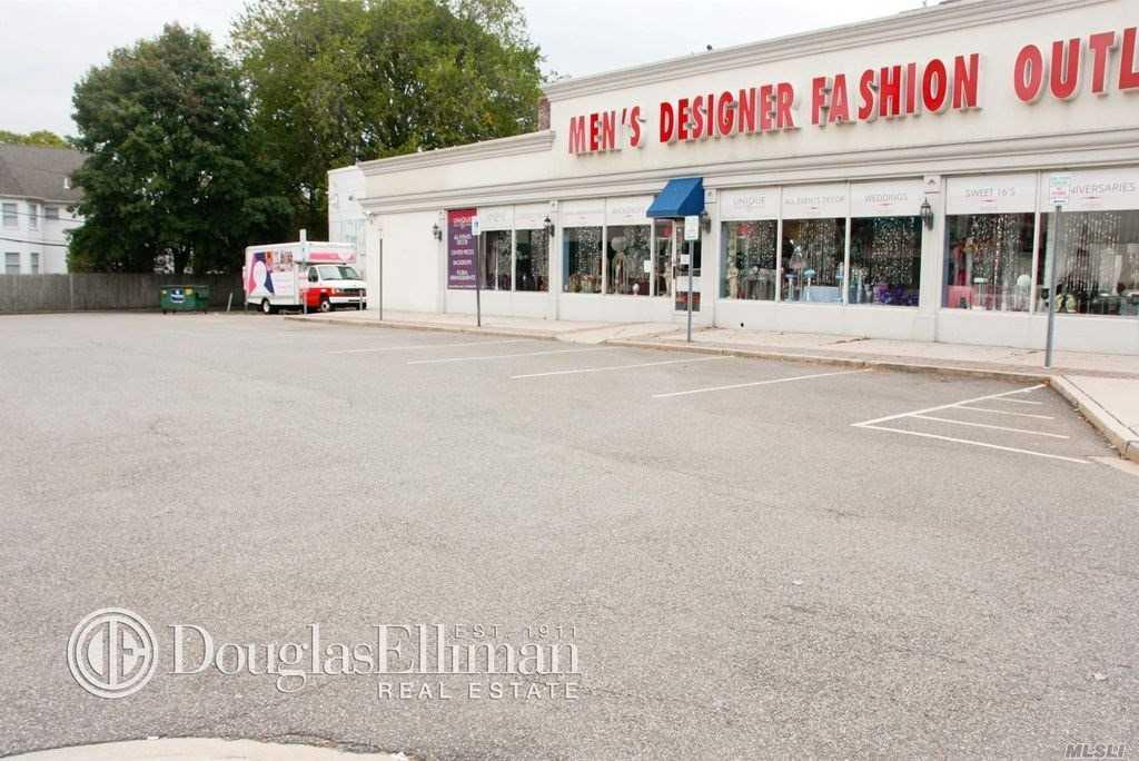 3026 Hempstead Tpke - Levittown, New York