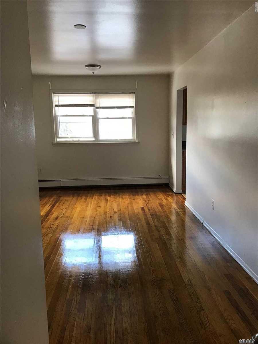 1692 Newbridge Rd, 2 Nw - N. Bellmore, New York