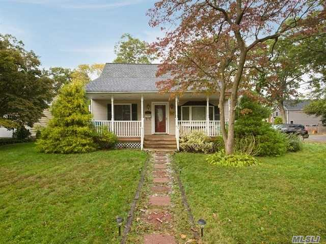 300 3rd Ave - E. Northport, New York