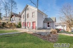 271 woodbine Ave - Northport, New York