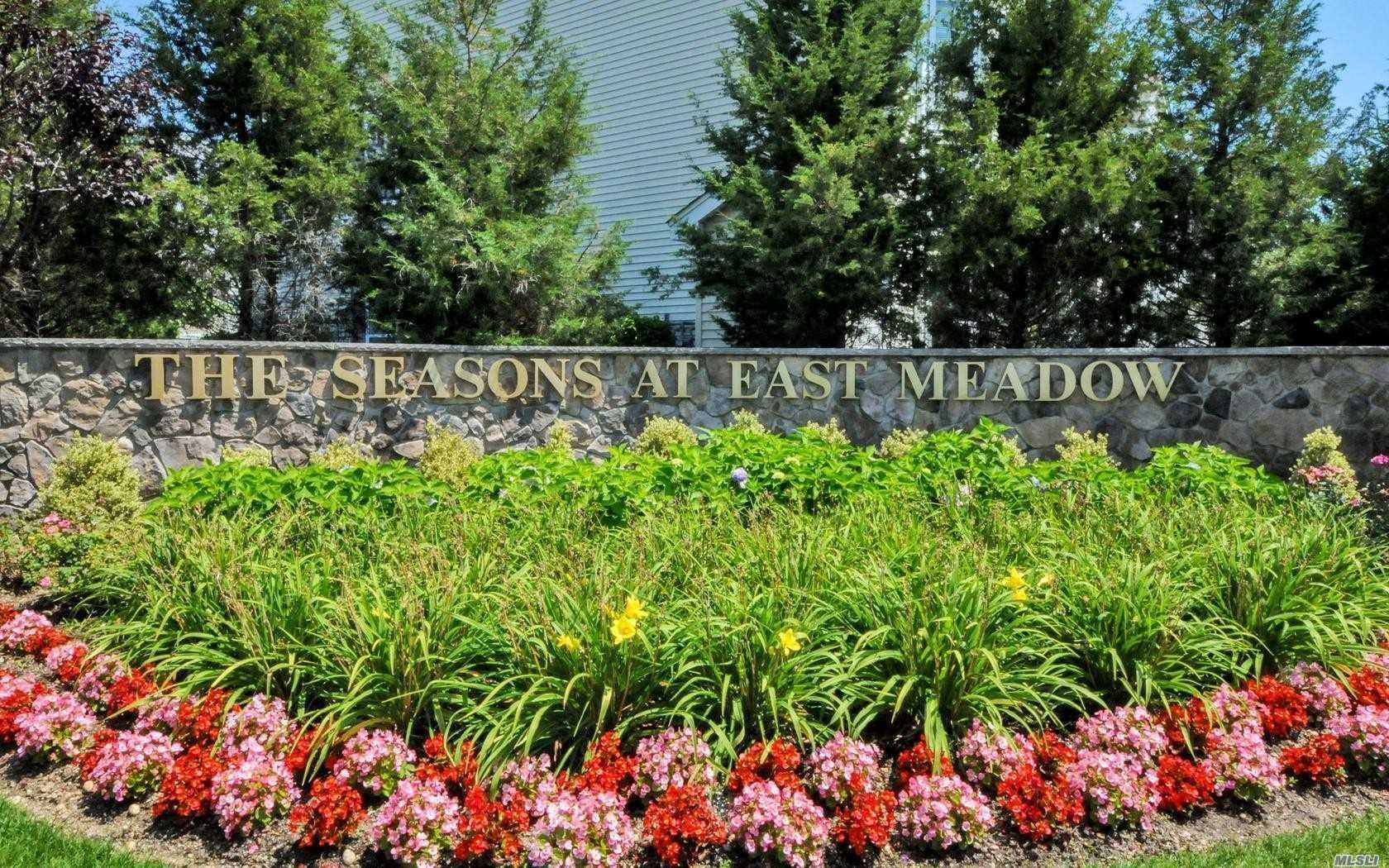 245 Spring Dr, 245 - East Meadow, New York