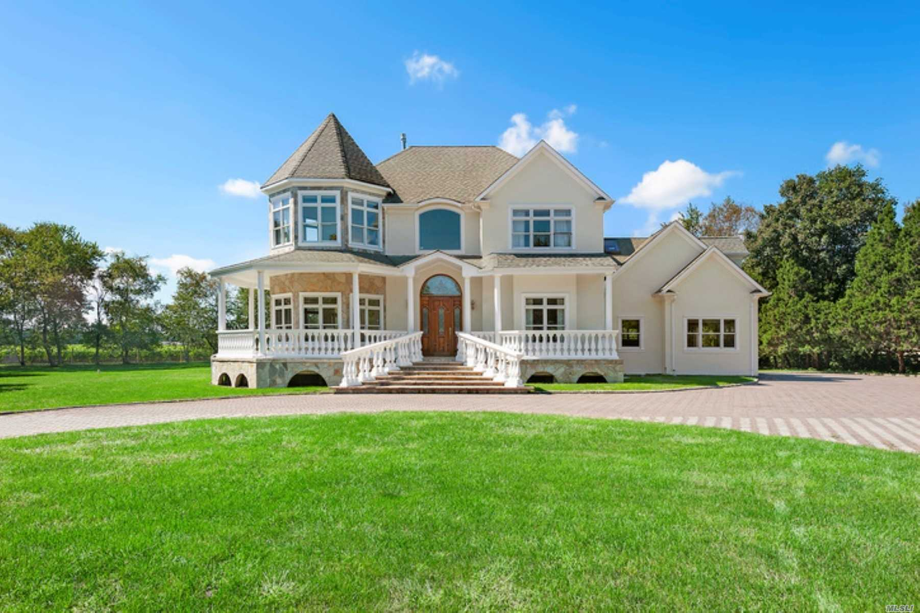 1570 Indian Neck Ln - Peconic, New York