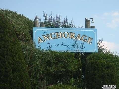 1 Anchorage Way, 1504 - Freeport, New York