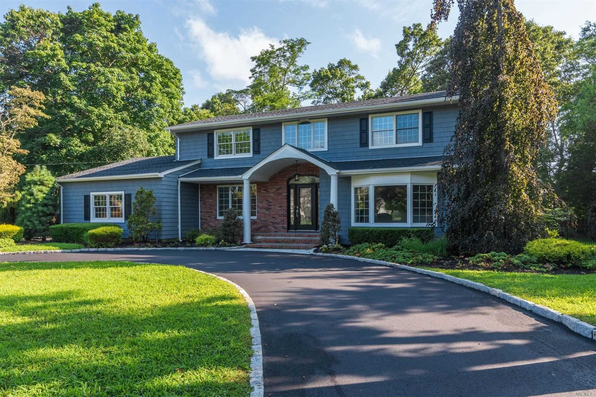 78 Widgeon Ct - Great River, New York