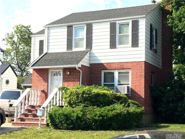 382 Norfeld Blvd - Elmont, New York