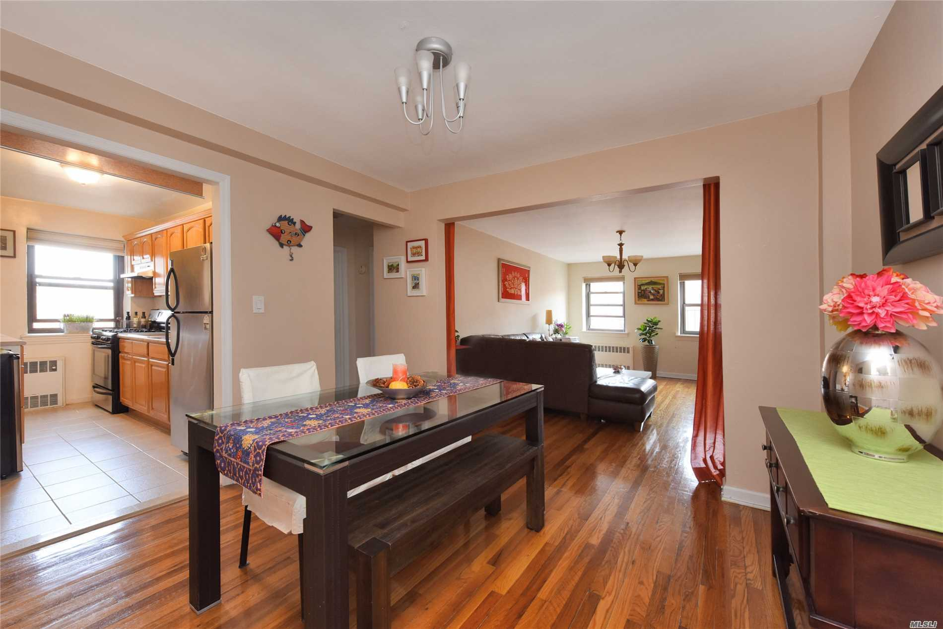 102-35 67th Rd, 6L - Forest Hills, New York